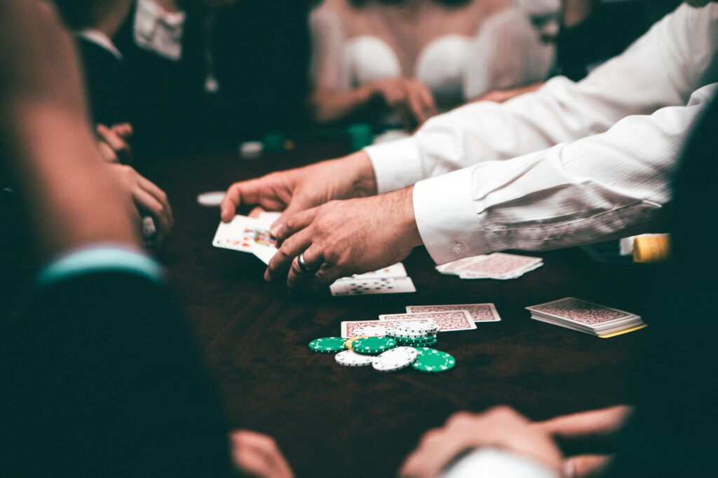 Bluffing In Poker — The Do's & Don'ts